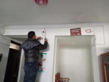 चन्दननाथ नगरपालिकाको कार्यालयमा CCTV जडान गरिदै