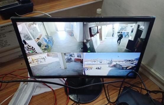 चन्दननाथ नगरपालिकाको कार्यालयमा CCTV जडान गरिको हेरिदै